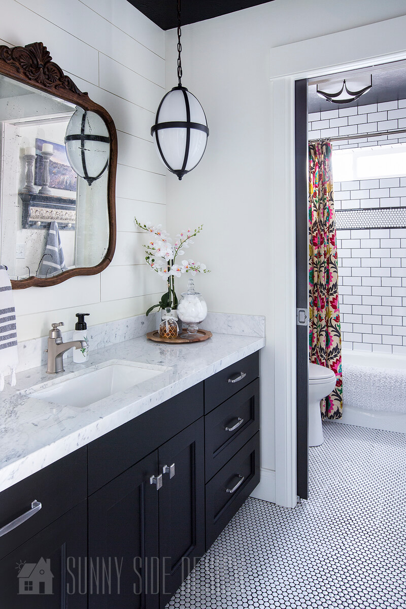 Dated Bathroom to Black & White Beauty