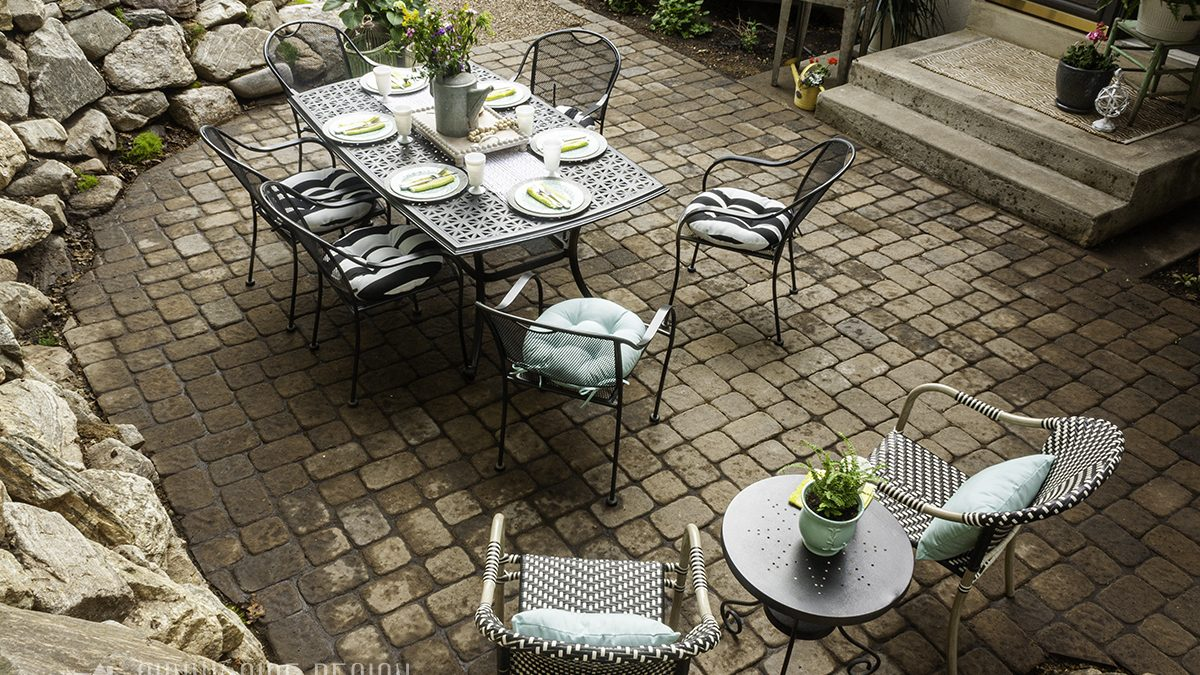 Creating an Outdoor Living Space | On a Budget