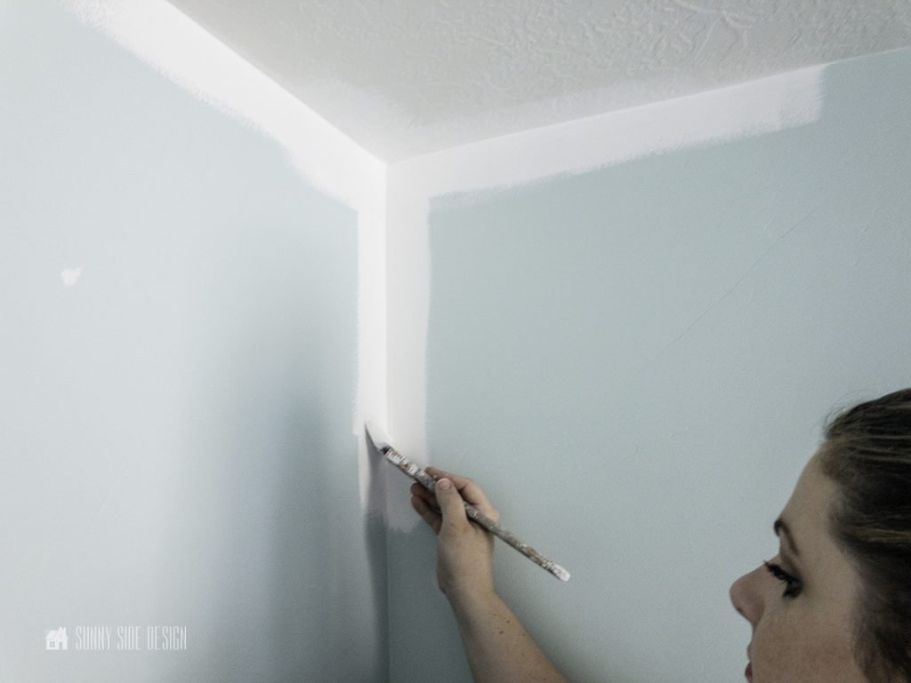 TIPS TO PAINT A ROOM
