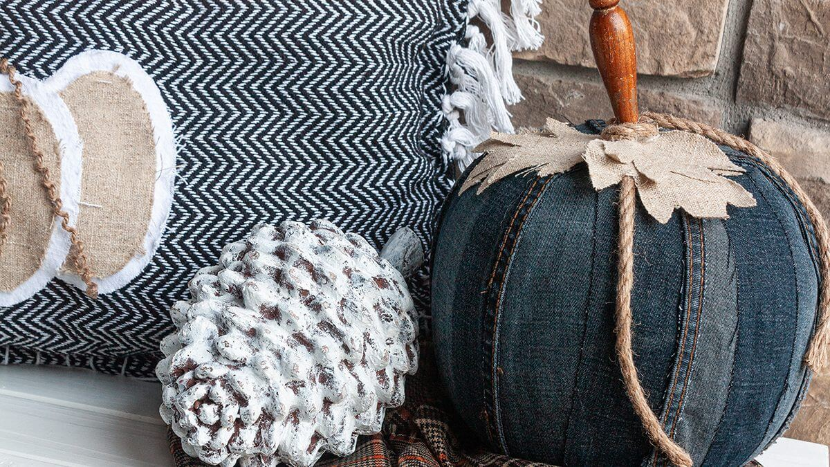 Pumpkin Decor | Using An Old Pair of Jeans