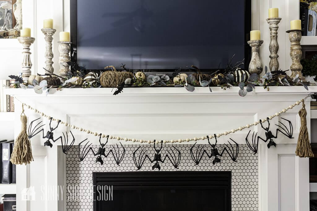 Ideas for Decorating a Halloween Mantle