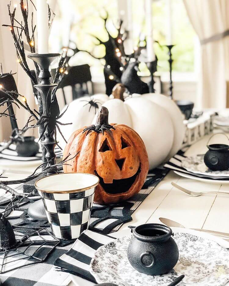 Ideas for Halloween Tablescape