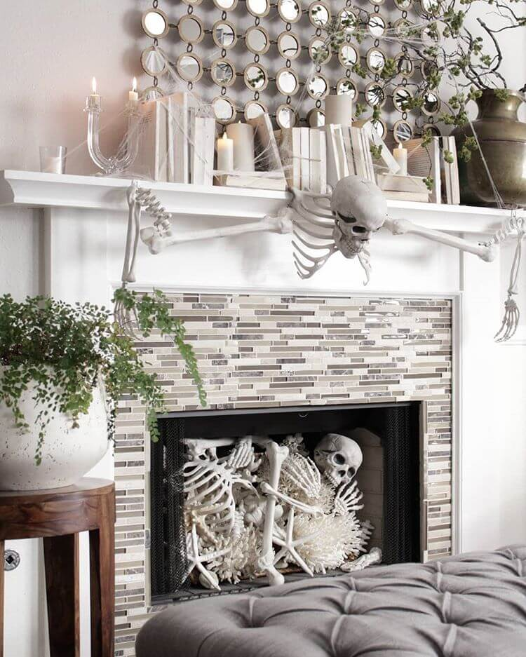 Ideas for Halloween Decor on the Fireplace