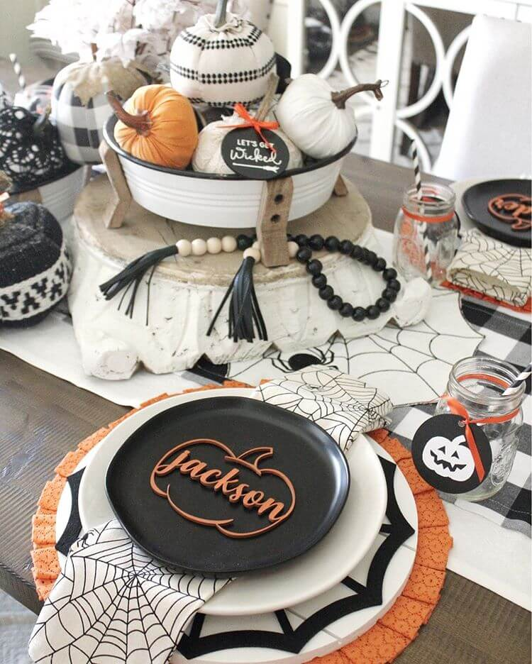 Halloween Decor Ideas for the Dining Room