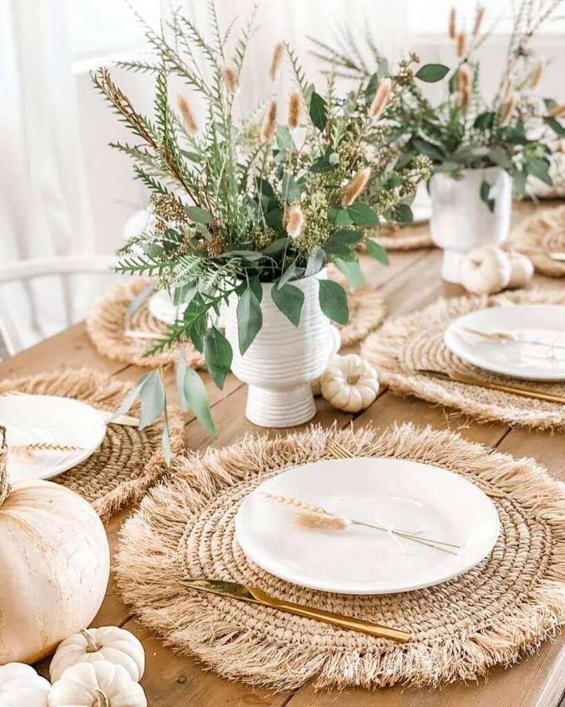Thanksgiving Table Decor