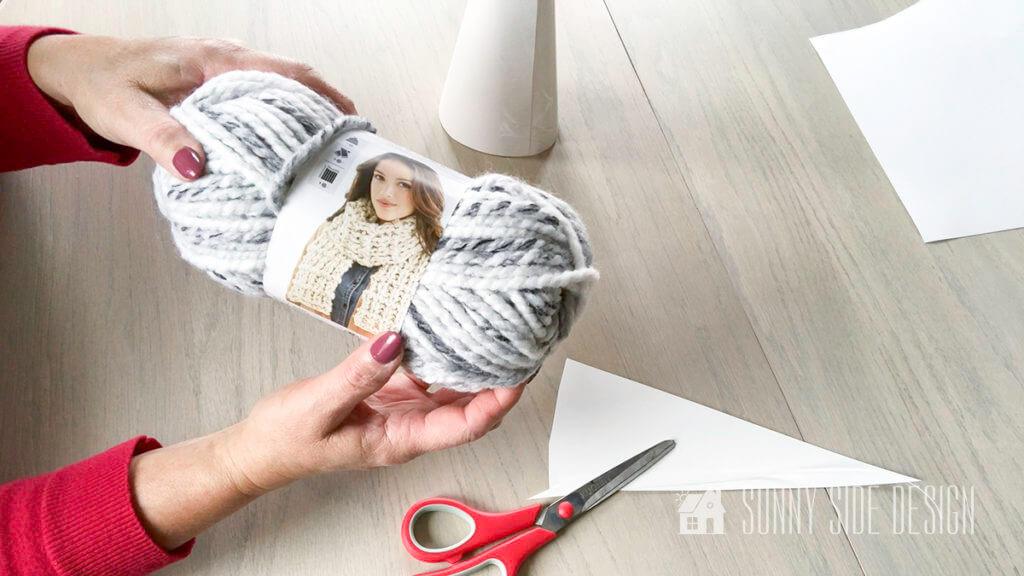 Easy Finger Knit Tree