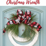 How Make a Christmas Wreath That's Cozy & Inviting