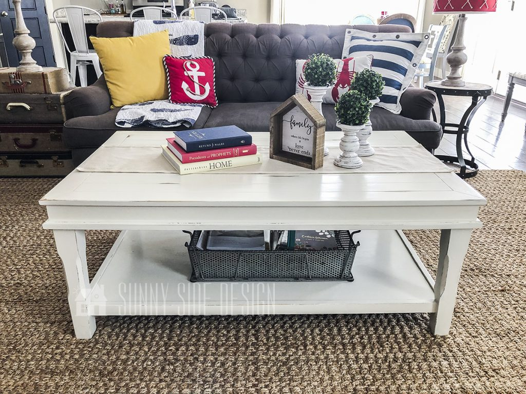 chalk paint farmhouse coffee table makeover