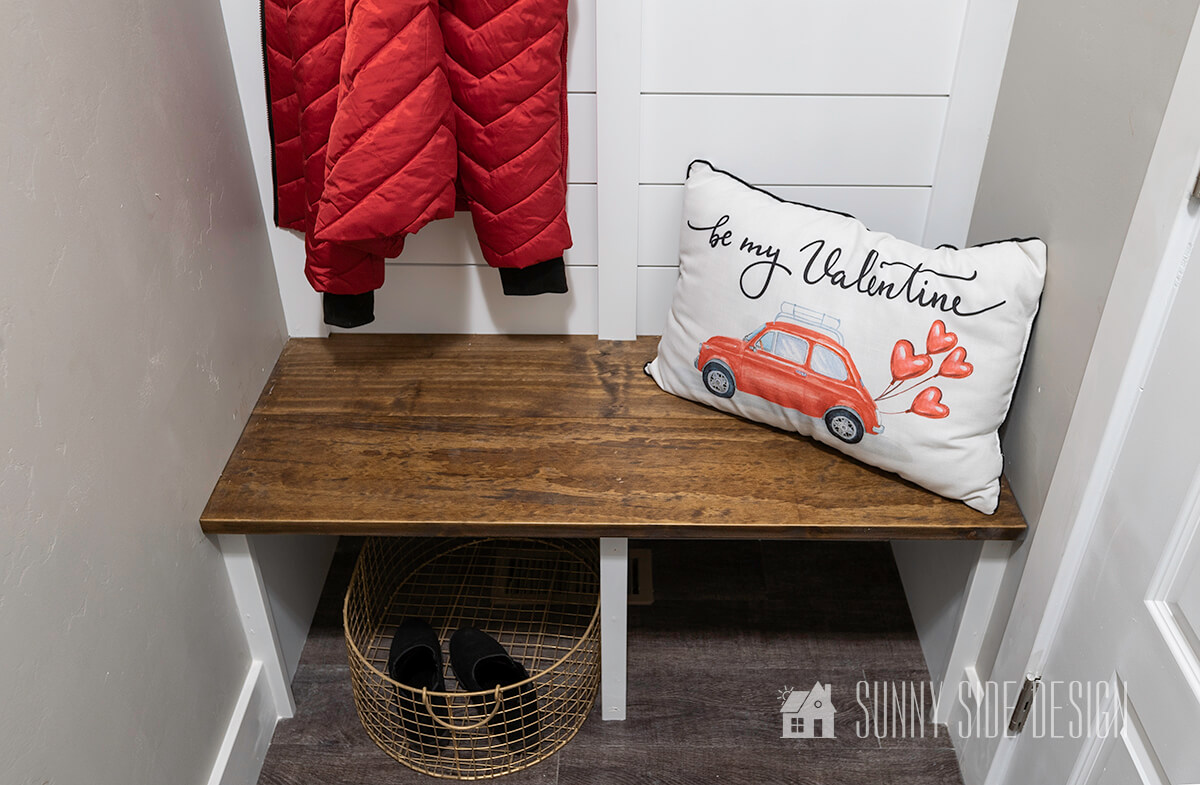 How to Make a Simple Mudroom Bench You Need to See