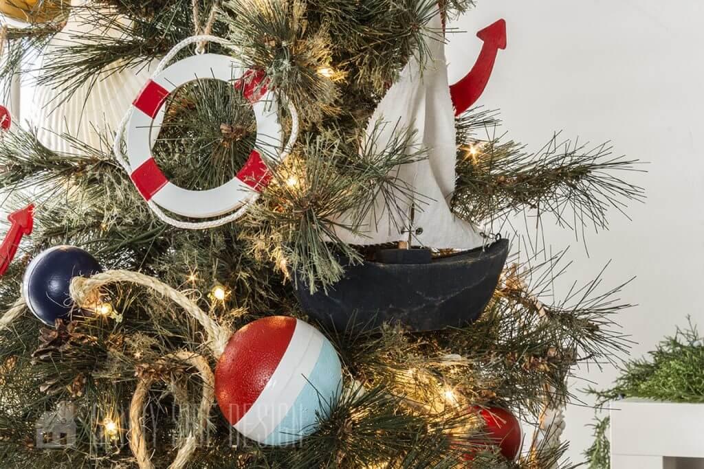Coastal christmas tree decorations