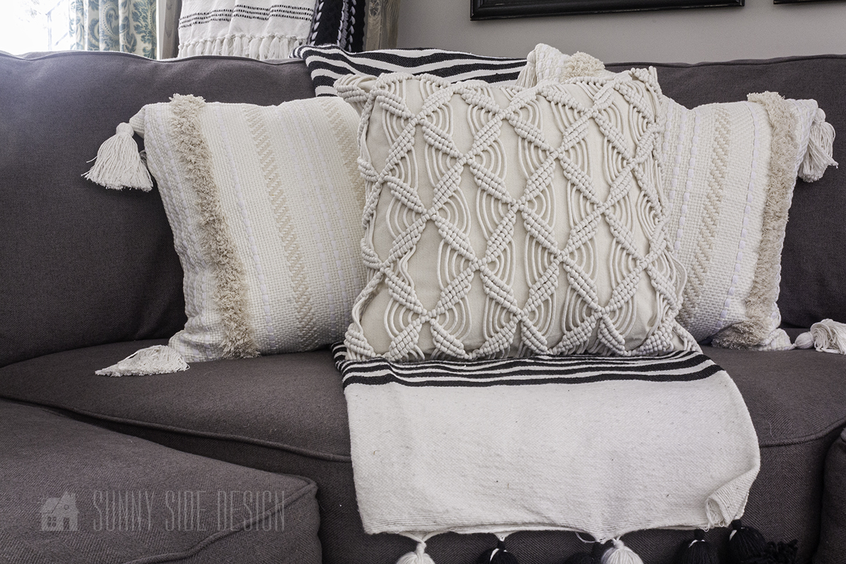 Inexpensive Ideas for Decorating with Throw Pillows all Year Long