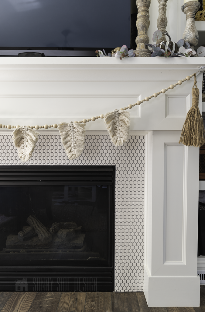 styled easy to make fall macrame leaves for beginners