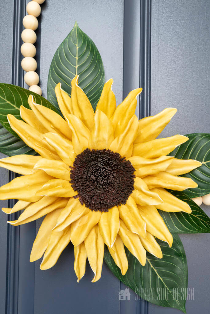 Close up view of the details of the sunflower wreath